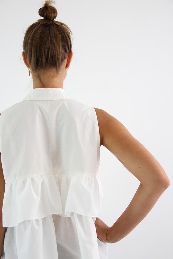 I AM Patterns - Sewing pattern - Ruffles top Magdala - detail back