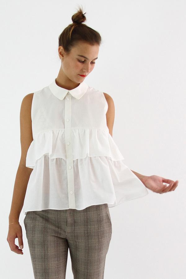 I AM Patterns - Sewing pattern - Ruffles top Magdala - front zoom