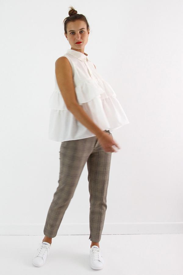 I AM Patterns - Sewing pattern - Ruffles top Magdala - angle