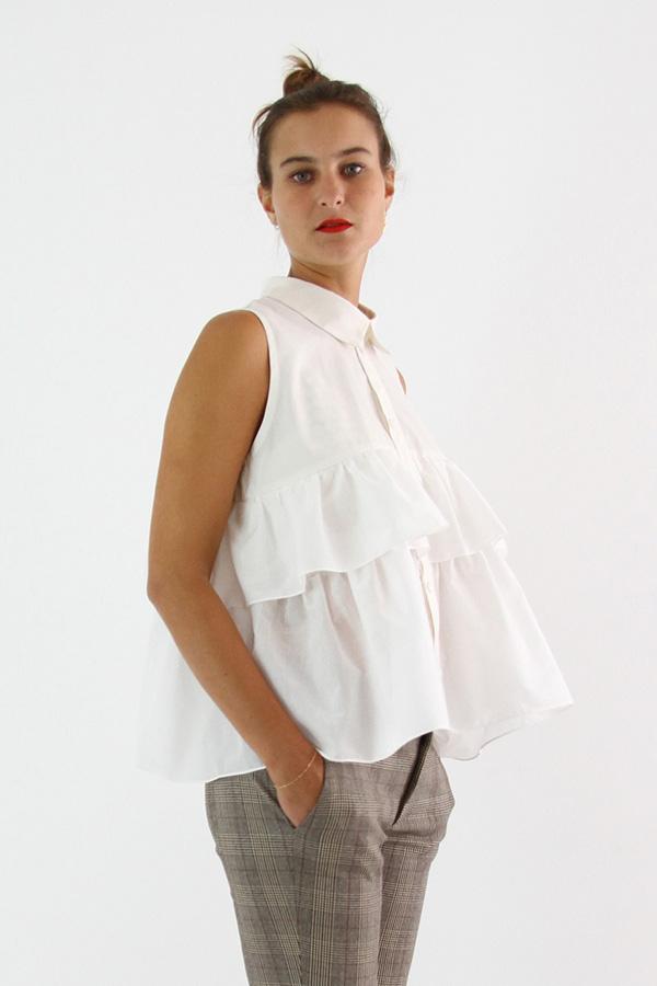 I AM Patterns - Sewing pattern - Ruffles top Magdala - angle zoom