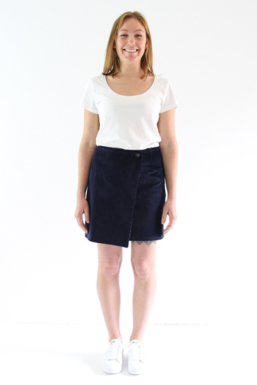 I AM Patterns - Sewing pattern Perrine Wrap skirt - short front