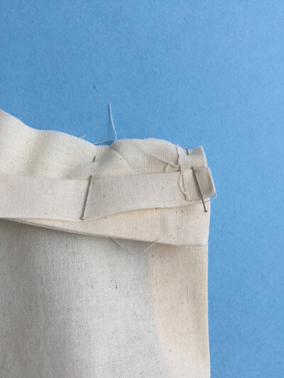 I AM Patterns - Sewing Pattern Sirius jumper tutorial - step 27