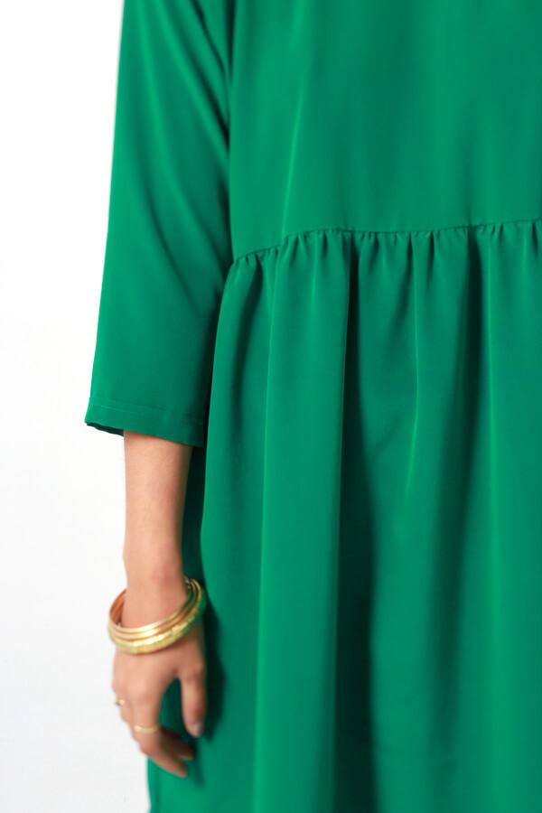 I AM Patterns -Robe Cassiopée - patron de couture - Robe froncée manches chauves souris verte détail taille fronçée