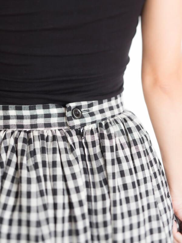 I AM Patterns - Patron couture Hestia jupe plissée simple en vichy détail ceinture