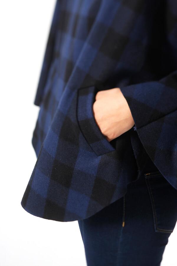 I AM Patterns - Patron de couture Cape Mimosa originale détail poche