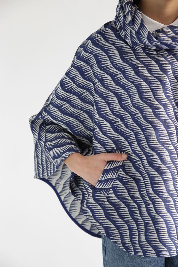 I AM Patterns - Patron de couture Cape Mimosa détail poche droite