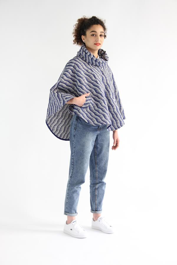 I AM Patterns - Patron de couture Cape Mimosa tissu Henry Henriette angle