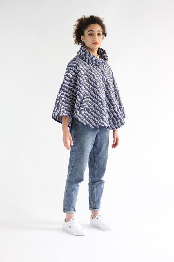 I AM Patterns - Patron de couture Cape Mimosa tissu Henry Henriette angle 3