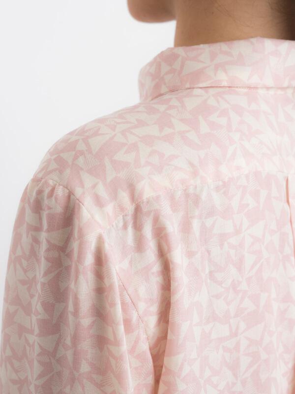 I AM Hermes patron de couture chemise femmes detail épaule
