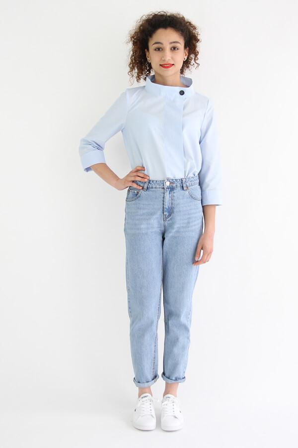 I AM Patterns - patron de couture chemise robe Libellule - Malika devant bleue devant dans jean