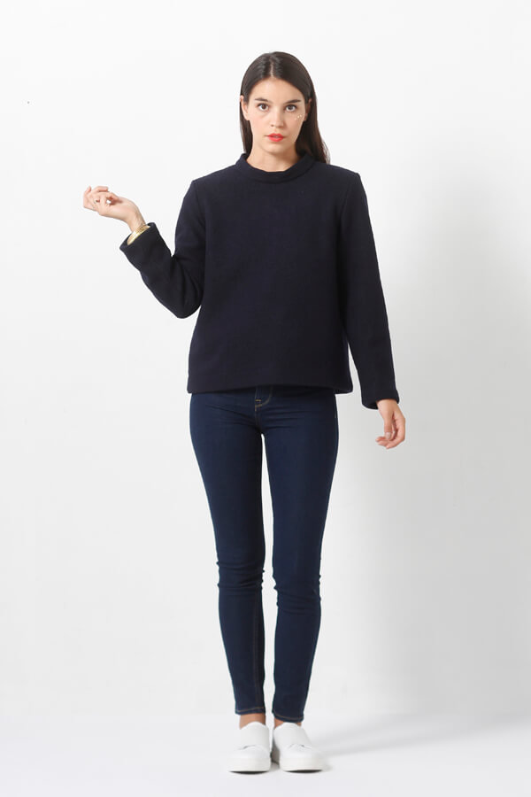 I AM Patterns - Sewing pattern Sirius Navy Jumper - Front 2