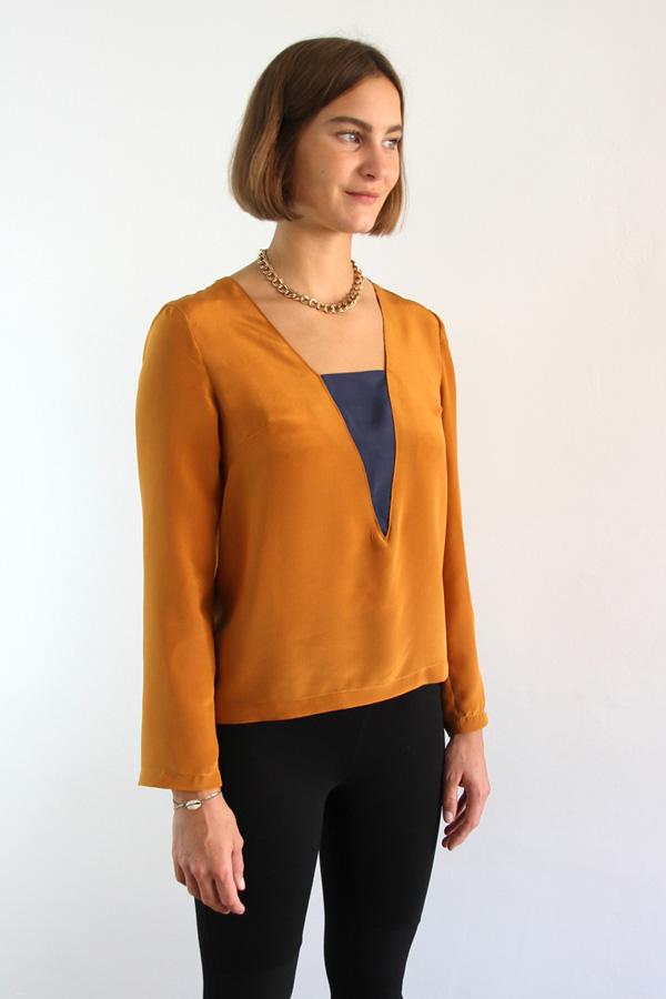 I AM Patterns Patron Couture Blouse Flora Devant Angle