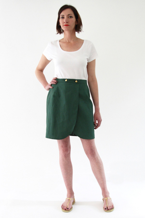 I AM Patterns - Sewing pattern Malo wrap skirt - tulip shape - front green