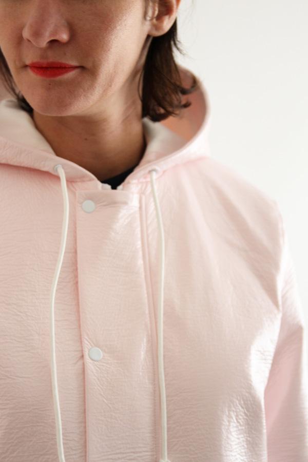 I AM Patterns Jacques Patron Couture Cire Manteau Pluie Long Rose Detail Capuche