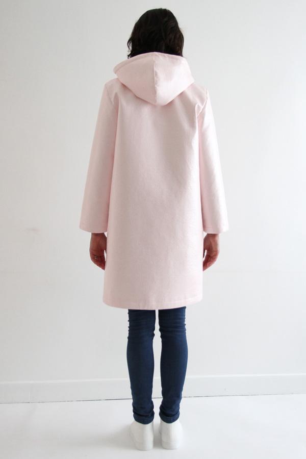 I AM Patterns Jacques Patron Couture Cire Manteau Pluie Long Rose Dos