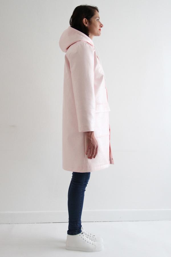 I AM Patterns Jacques Patron Couture Cire Manteau Pluie Long Rose Profil