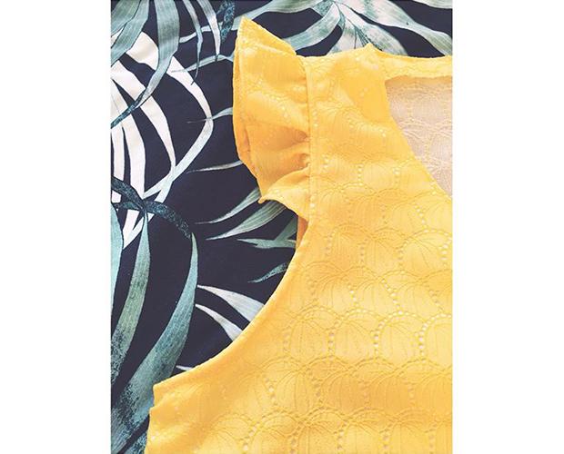I AM Pattern Patron Couture Debardeur Tuto Comment Ajouter Volants Fil A Peau Jaune Detail2
