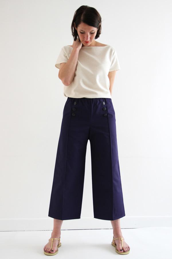 I AM Patterns Armor Patron Couture Pantacourt Simple Devant Pose