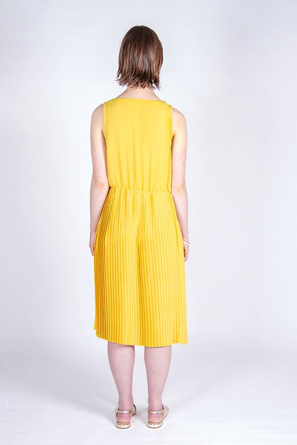 I AM Patterns Hack Gaïa Yellow Pleated Dress Back