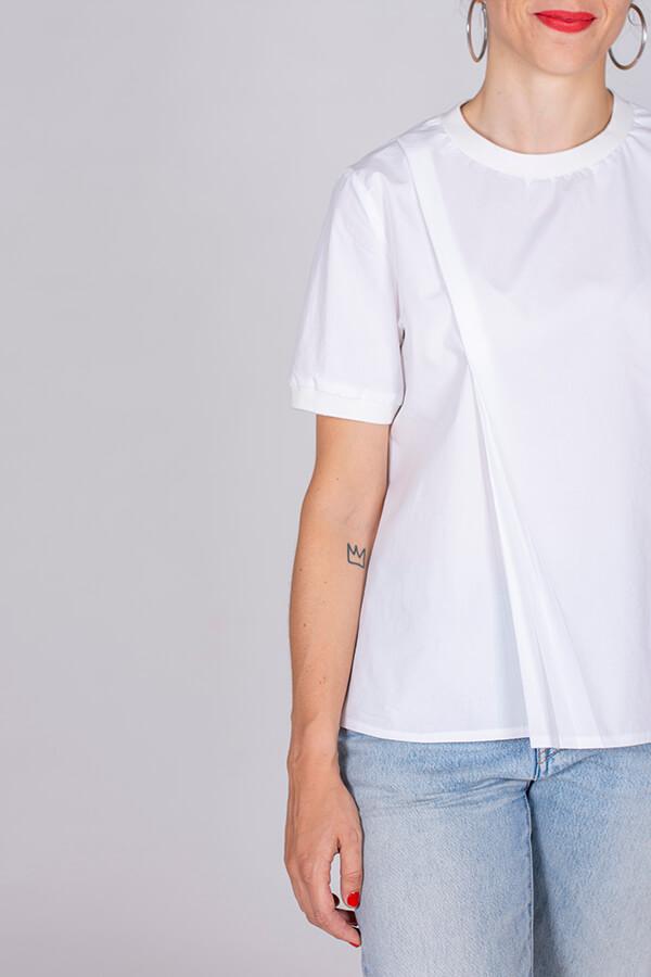 I AM Patterns Ladies Sewing Pattern Blouse Clochette White Detail