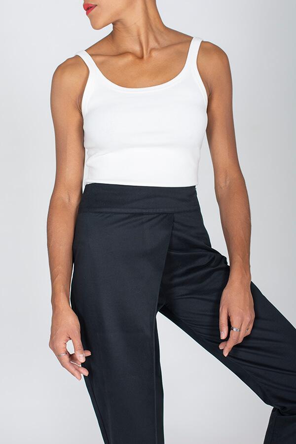 I AM Patterns Patron Couture Panoramix Pantalon noir à plis @la_meuf_qui_coud détail